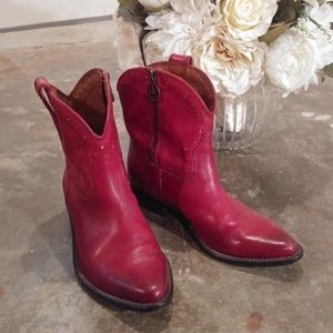 Lucky Brand leather cowgirl boots